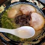 ら~めん 博多ん娘 - 料理写真:味玉らーめん 700円