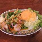 TAWAN RUNG - シーフードサラダ