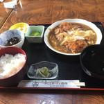 優雅 - カツ煮定食