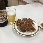天雅 - ビールと餃子の黄金コンビ