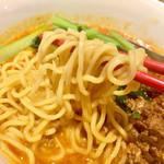 蔓山 - 麺は細め