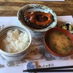 米沢鯉 六十里 - 甘煮単品にご飯と味噌汁、漬物で1050円