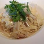 チャイニーズガーデンレストラン 深記 - 香港麺のチャーシューローメン 1,000円