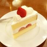 コージーコーナー - 苺のショートケーキ:421円