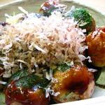 たこ坊 - 料理写真:店内で食べたたこ焼き500円 美味しくてボリュームあります。 08/08
