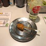 74502198 - チューハイとチーズの串カツかな