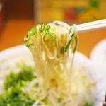 二両半 - ラーメン並(しお)の野菜多め