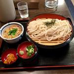 得得うどん - ざるうどん3玉(¥594)&ミニ親子丼(¥324) 計¥918