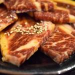 炭火焼肉徳重 - 料理写真:骨付きカルビ