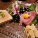 わさび居酒屋 あな蔵 - キハダ鮪、太刀魚、炙りトロ〆サバ、ギンガ鯵、汐子
