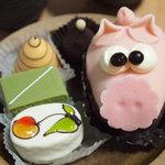フランス菓子 カド - ホワイトデーにいただきました。かわいくてなごみます~!