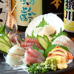 三是食堂 かつどころ - プレミアムな日本酒や、お酒に合うメニューも充実