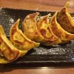 肉汁餃子製作所ダンダダン酒場 - カレー餃子