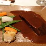 ビストロ備前 - デミグラスでじっくり柔らかく煮込んだ特撰牛タンシチュー