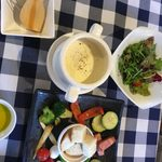 お肉×チーズAmbiente - ランチのチーズフォンディュ