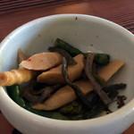 北の茶屋 - 山菜煮物(わかさぎ定食)