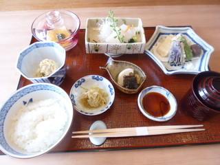 お料理 とみやま - 2100円税込の昼ご膳