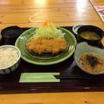 とんかつ処倉敷浜田屋 - 料理写真:30食限定とんかつランチ(麦ご飯)