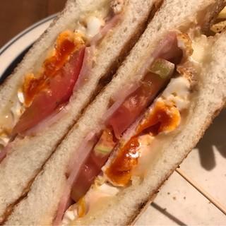 """アンデルセン シァル桜木町店 - """"幸せたまご""""とベーコンチーズのホットサンド。 美味し。"""