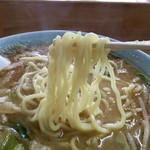 山久ラーメン - 麺は相変わらず美味しい〜
