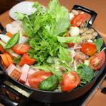 スパゲッテリアマッキー di Hayashida - 料理写真:トマト鍋パ コース 8名様~要予約