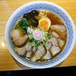 麺吉 - 中華蕎麦(並)¥700・肉増し¥300