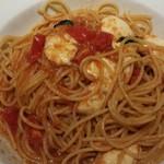 チェントペルチェント - モッツァレラチーズ トマトソース