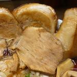 肉そば総本山神保町けいすけ - 3種のチャーシュー(肩ロース、バラロール、豚トロ)