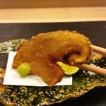 麻布十番 ふくだ - 松茸のフライのリフトアップ