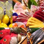 神楽坂 魚金 - 料理写真:魚金には、いつも美味しい魚がいっぱいです。