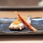 六本木 すし巽 - 太刀魚の酒塩焼き、茗荷の甘酢漬け