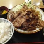 ドライブイン幸華 - 料理写真:焼肉定食
