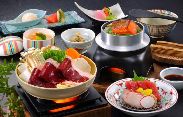 https://tblg.k-img.com/restaurant/images/Rvw/74570/640x640_rect_74570637.jpg
