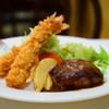 キッチンまつば - 料理写真:えびフライとハンバーグ(ライス・味噌汁付)@税込980円