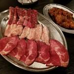 唐々鍋の店 - 焼肉(牛タン・豚トロ・ハラミ・せせり)
