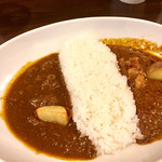 Craft Beer & Curry Holyhead - ダブルカレー950円
