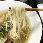 自家製麺 5102 - 鴨塩中華そば 麺アップ
