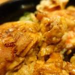 串焼き もんじろう - 上焼鳥丼850円