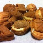 畠山製菓 - 「ベビーカステラ{小}」(何個か食べてしまったので実際はもう少し多いです)