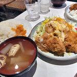キャリコ - おまかせ定食(カツ煮定食)
