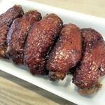 鳥義 - 料理写真:手羽先焼き 380円