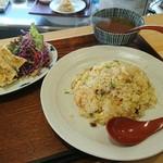 手包み餃子と中華キッチン ひげ -