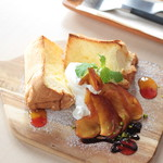 リスタイル プラスカフェ - ほろ苦 カラメルリンゴと焼きシフォン