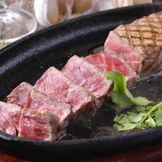 お好きな部位を好きなだけ!チョイスできる自慢のステーキ