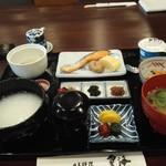 日本料理 雲海 - 朝食膳(おかゆセット)