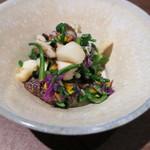 十石かじはら - 料理写真:貝柱と椎茸の菊和え2