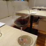 レストラン リッシュ - グラスワイン赤