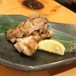 炭焼きBAR 心 - 鳥取県産〜がいな鳥 〜 もも炙り焼き 〜オリーブ塩で〜(880)