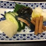 酒と魚とオトコマエ食堂次郎 - 漬物盛り合わせ」