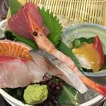 酒と魚とオトコマエ食堂次郎 - ほっけ貝、甘エビ、〆鯖、浜地、サーモン、マグロ